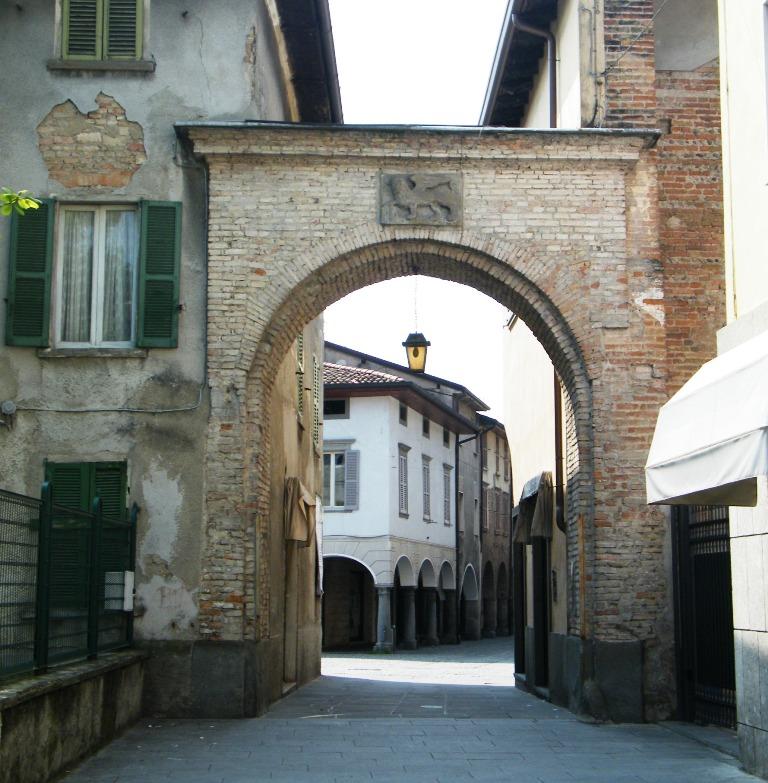 Matrimonio Romano Di Lombardia : Portici medievali bassa bergamasca orientale