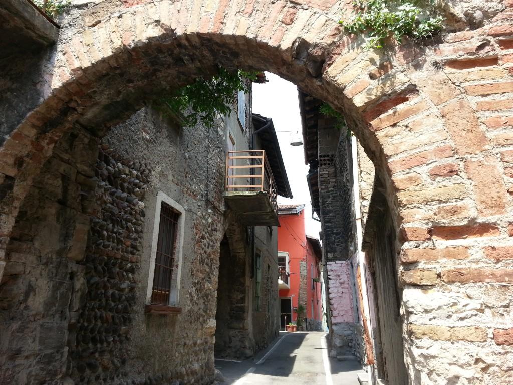 Castello-Cividate