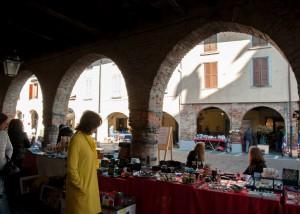 Martinengo, mercato dell'antiquariato e del collezionismo  @ Centro storico Martinengo