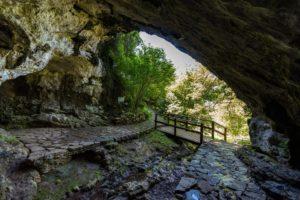 Entratico, Gita alla grotta La buca del Corno e Trekking a Fonteno @ Entratico