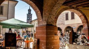 Martinengo, mercato del collezionismo e dell'antiquariato @ Martinengo portici via Tadino e Piazza Maggiore